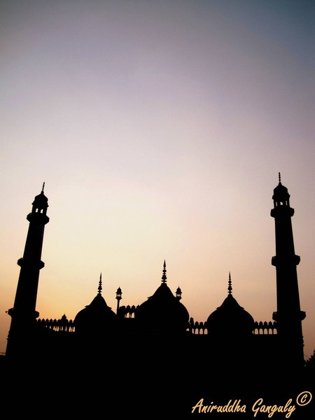 The Jama Masjid,Lucknow by iloveclicking