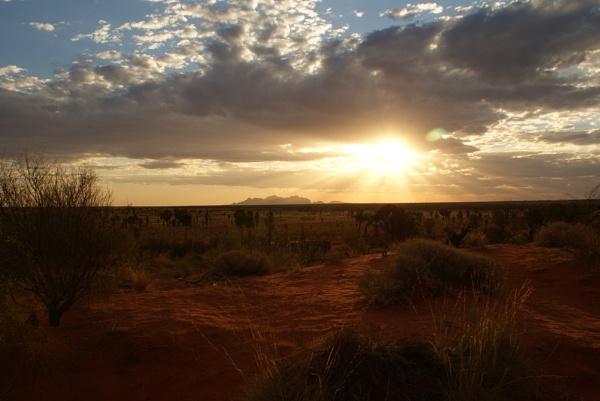 Uluru 1 by tallkenny