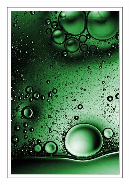 Bubble-scape...... by ejtumman