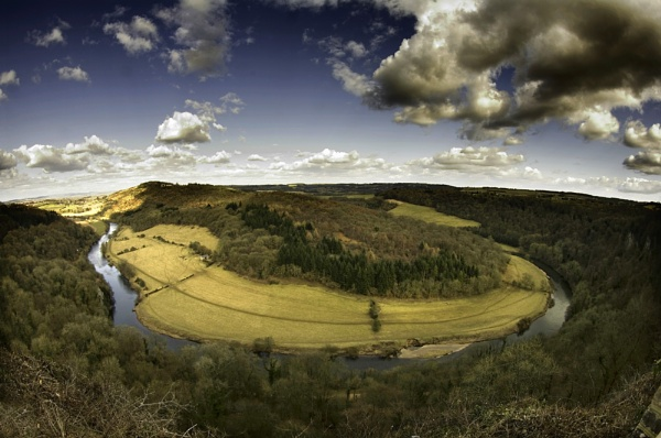 Bend in the River Wye by royd63uk
