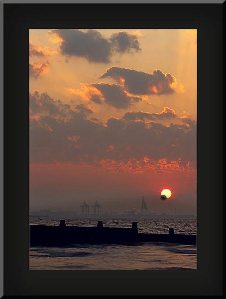 Sun Rise by looboss