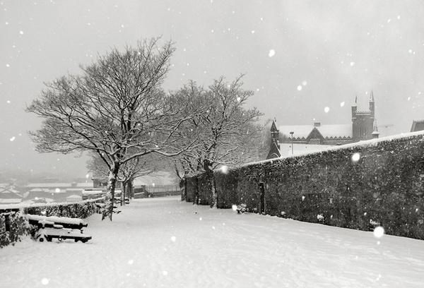 Derry\'s Walls by Declanworld