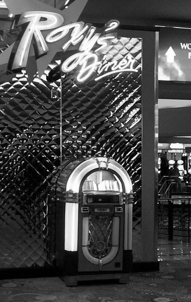 roxy\'s diner by jammbulator