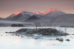 Lochan na h-Achlaise Sunrise