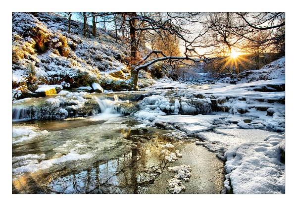 Frozen Black Clough by MarkT