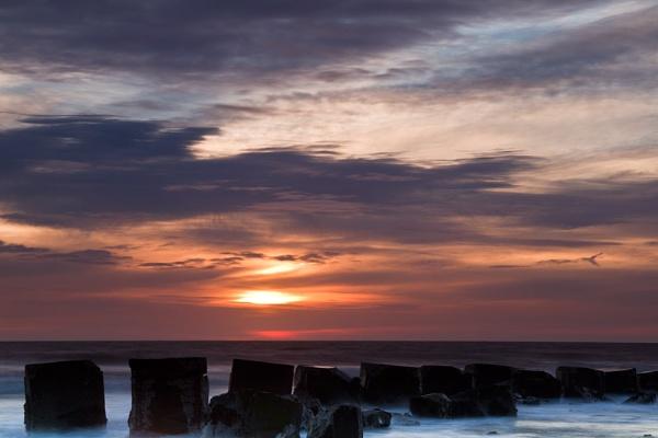 Sunrise at Fraisthorpe Beach by phillG