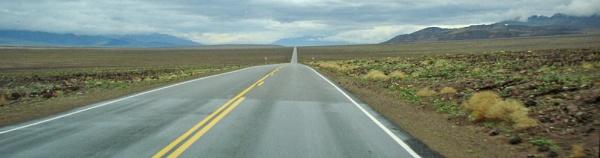 Death Valley Straightaway by GarrathE