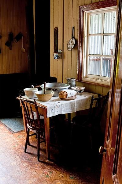 Country kitchen by Schaune