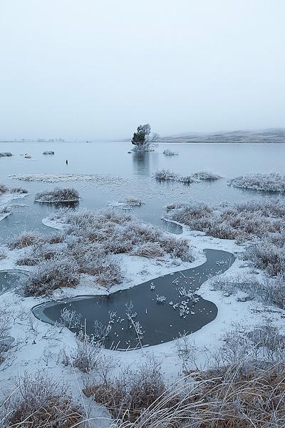 Dawn Lochan by gnphoto
