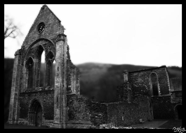 Llangollen Abbey by BevRice