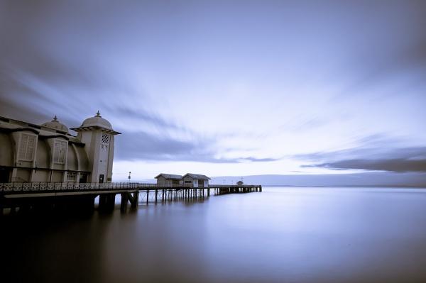 Penarth Pier by yauimagery