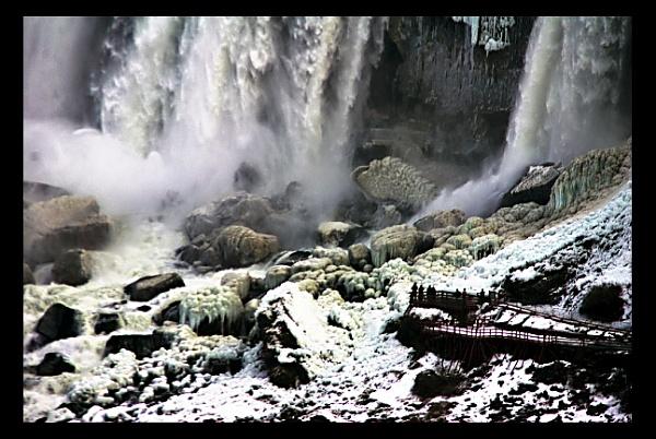 Niagara Falls, off-season by sputnki