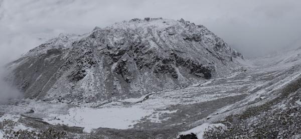 Snow camp by yemtrav