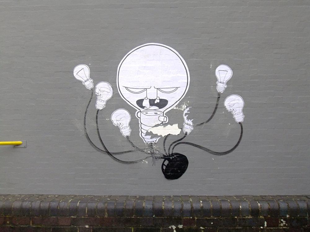 Light Bulb Hydra