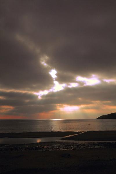 aberdaron beach,wales,uk by gingerbenno