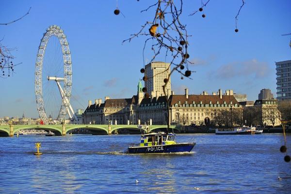 Thames by gabriel_flr