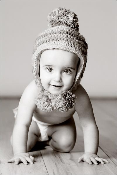 Poppy\'s Hat by lee beel