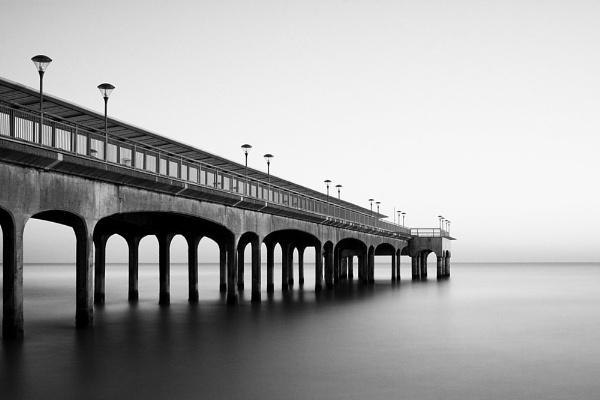 Boscombe Pier by blackforce