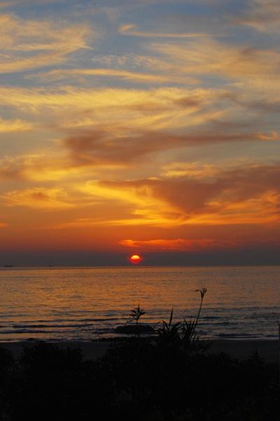 Wispy Sunset - tarifa by dsafari