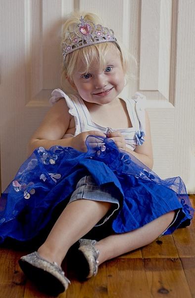 Princess3 by millymcb