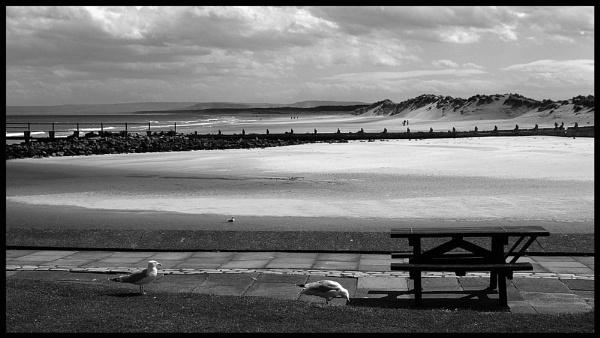 Lossiemouth by VicBarnes