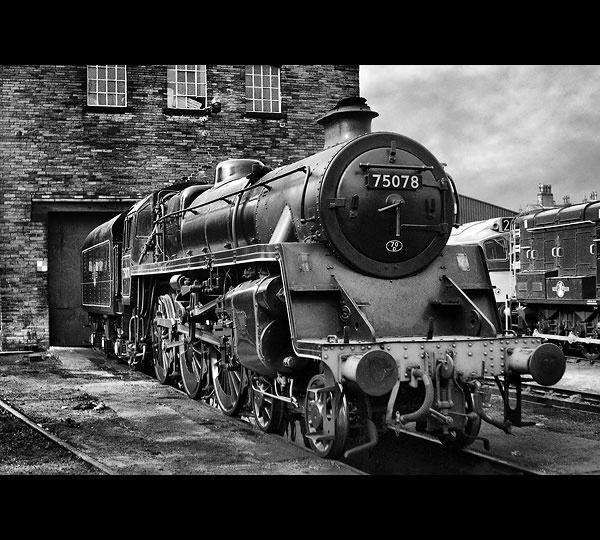 Locomotive by Rob66