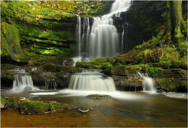 Scalebar Falls by JudeC