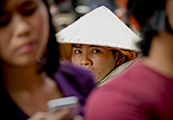 Vietnamese Girl by jonathanfriel