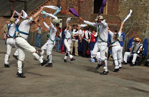 More Morris Dancers by makamgirl