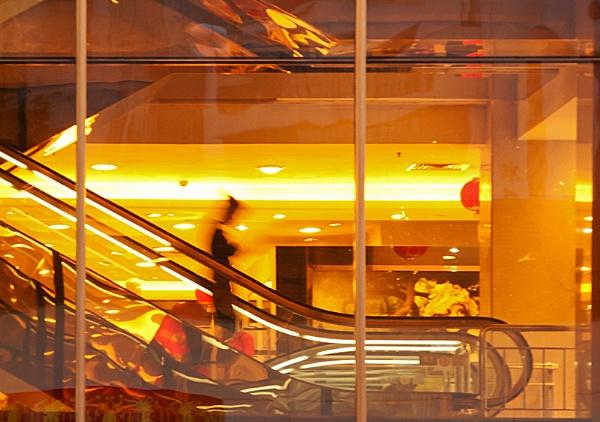 Escalator by aliengrove