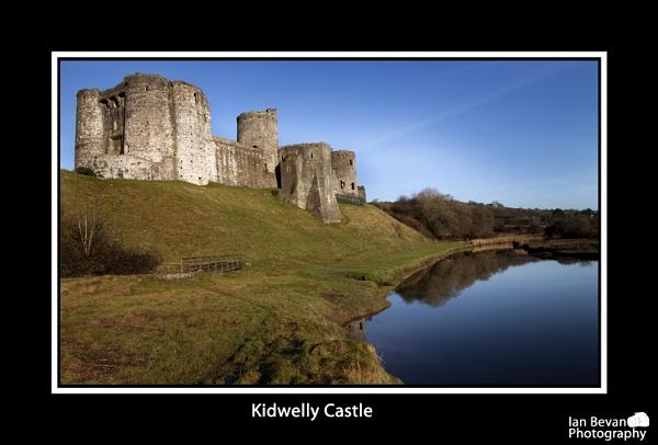 KIdwelly Castle by MajicKwak