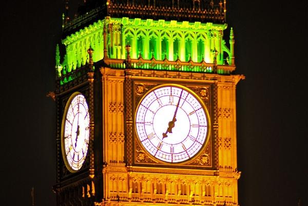 Big Ben by night by gabriel_flr