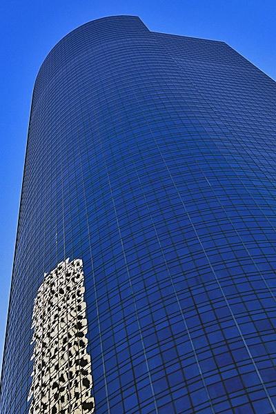 Building Shot in Houston by mswiech