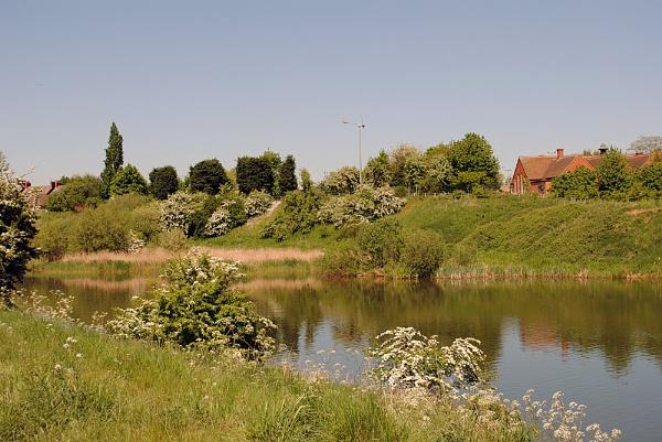Godfreys Pond in Worksop by YoBellzaa