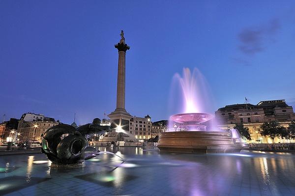 Trafalgar Square in London by arpad