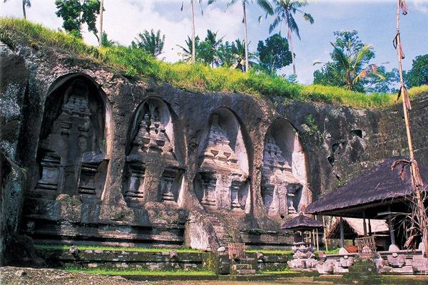 Gunung Kawi Temple - Bali by GregnTreesPhotography