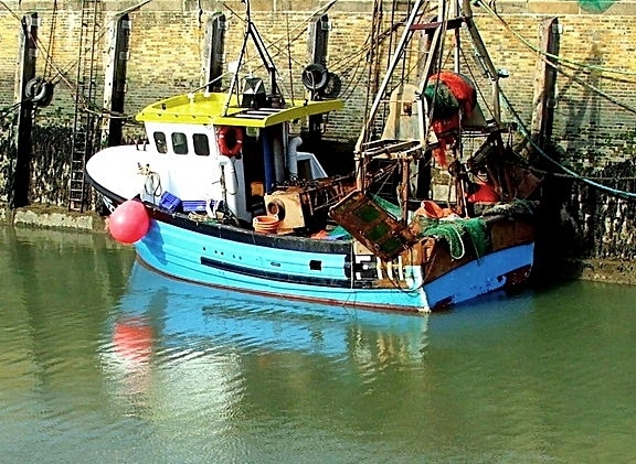 Whistable Harbour by newty1