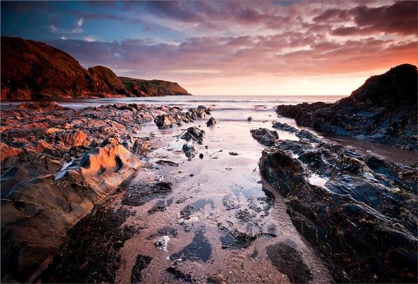 Hope Cove Devon by colin63