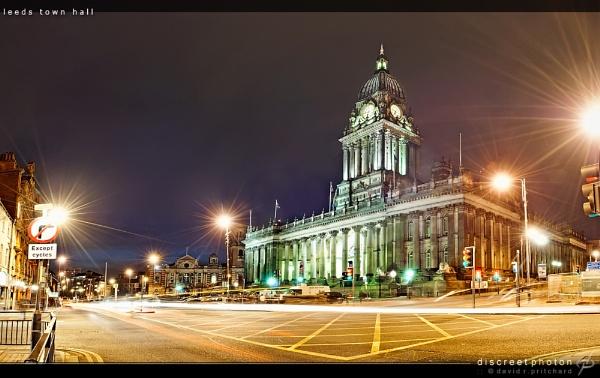 Leeds Town Hall by discreetphoton