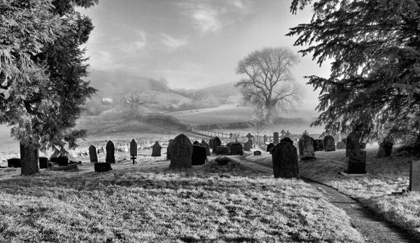 A Cold, Misty, Frosty Morning by MrDennis