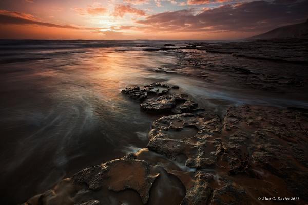 Dunraven Bay - Southerndown by Tynnwrlluniau