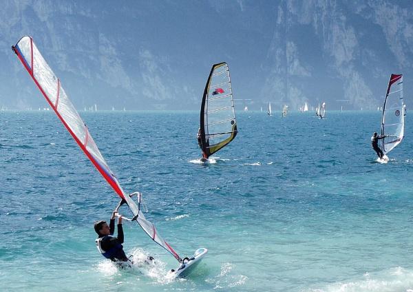 Windsurfers on Lake Garda by DavidBird