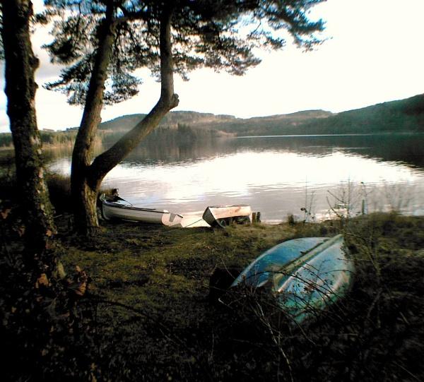 Abandoned Boats, Kinlochard, Scotland by amandathomson