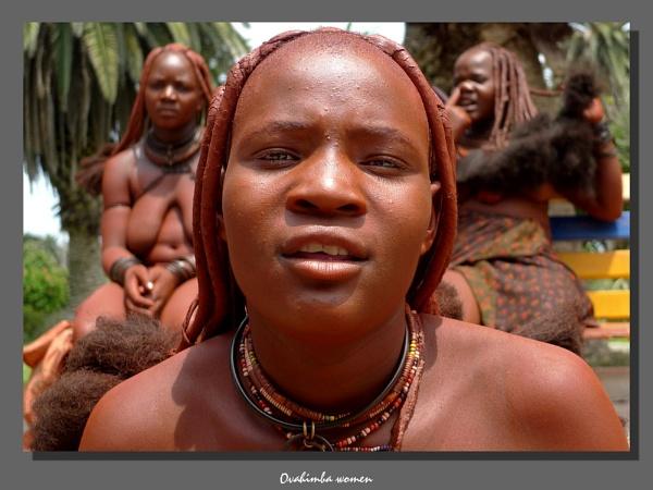 Ovahimba women by WimdeVos