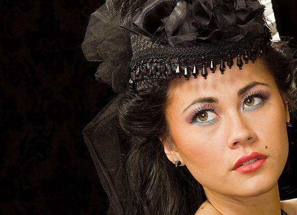 ******Beauty in Black by Mynett