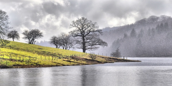Ladybower in the rain by Metro6R4