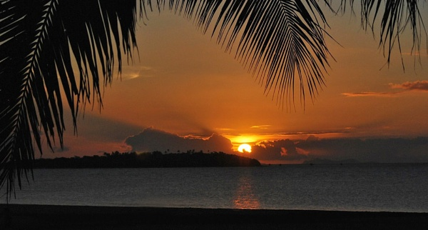 Fijian Sunset... by Dilys