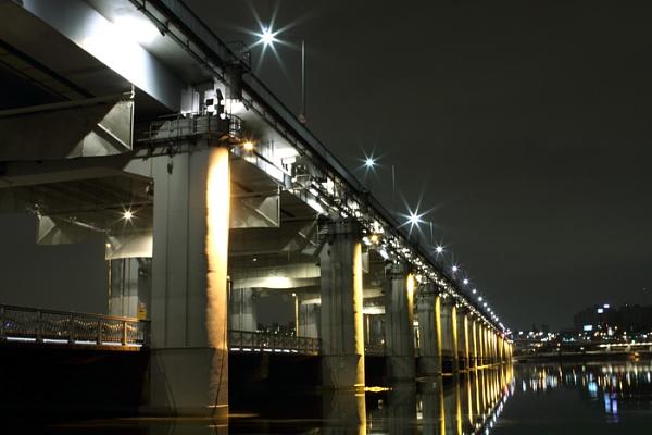 Bridge at Night by porter