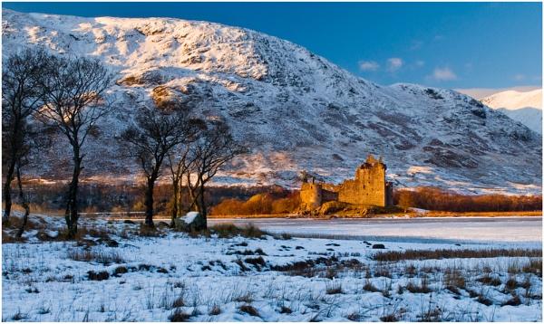 KIlchurn Castle - var 1 by Bellai