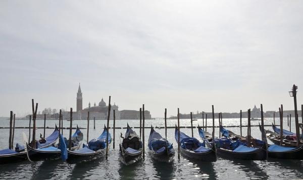 Gondolas di San Marco by ElaineGregg
